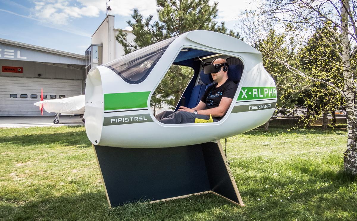 AFormX builds flight simulators around VR goggles integration