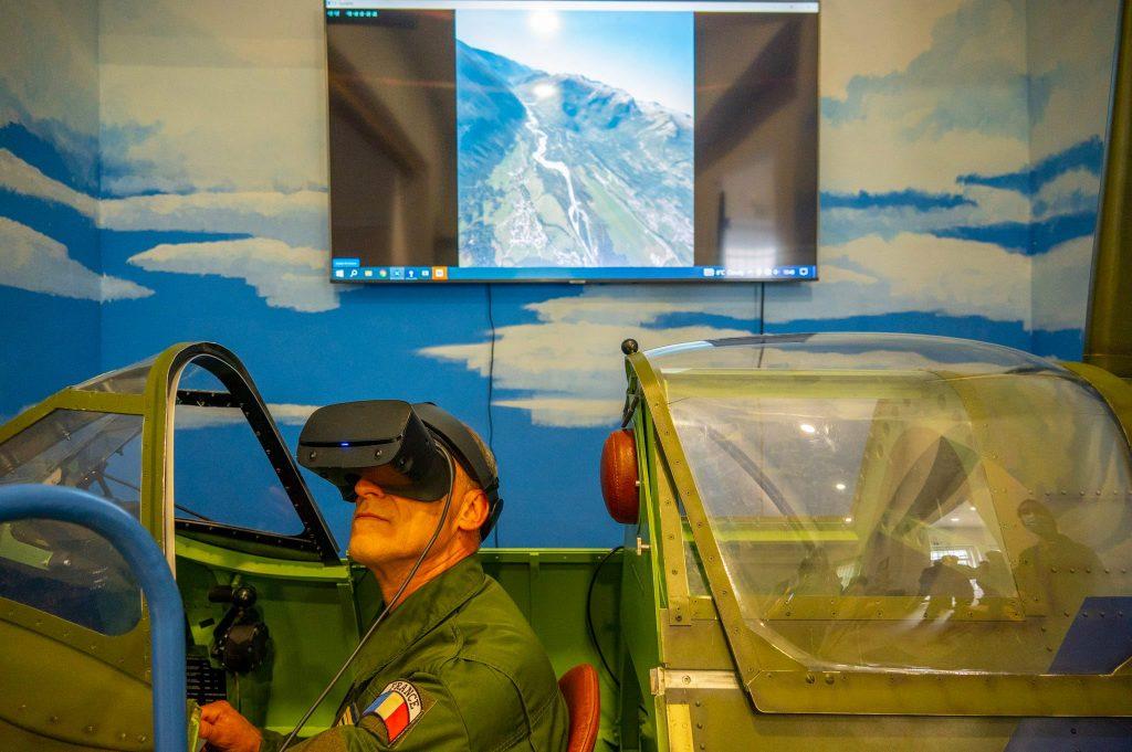 General Sir Tim Radford, Deputy Supreme Allied Commander Europe is flying the Sptifire simulator buildt by AFormX